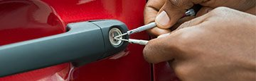 Lock Locksmith Tech San Antonio, TX 210-780-7310
